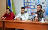 De la stânga la dreapta: Fundaș, Bogdan Stoica, mijlocaș, Alexandru Răuță, tehnician secund, Mihai Olteanu.