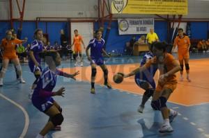 handbal-cs-dacia-mioveni-2012-csm-bucuresti-4-octombrie-2015 (3)