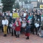 protest-pitesti-imbolnavire-bebelusi (1)