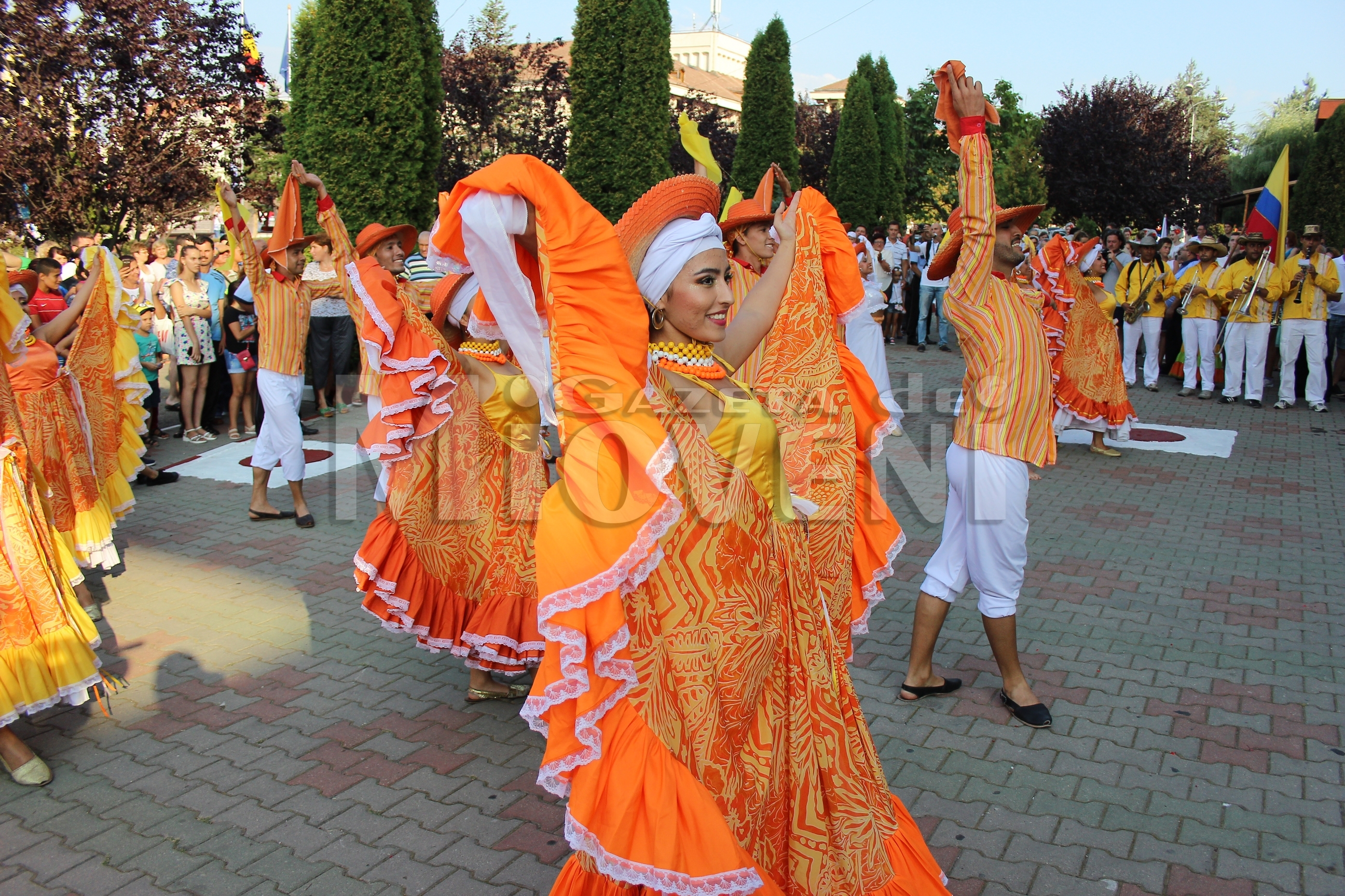 festivalul-international-de-folclor-carpati-mioveni-11-august-2016 (11)