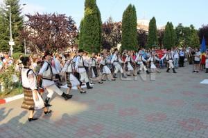 festivalul-international-de-folclor-carpati-mioveni-11-august-2016 (14)