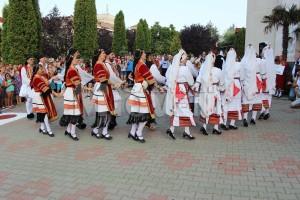 festivalul-international-de-folclor-carpati-mioveni-11-august-2016 (31)