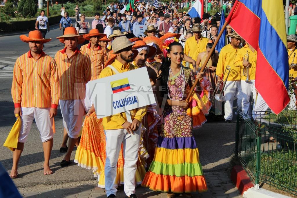 festivalul-international-de-folclor-carpati-mioveni-11-august-2016 (8)