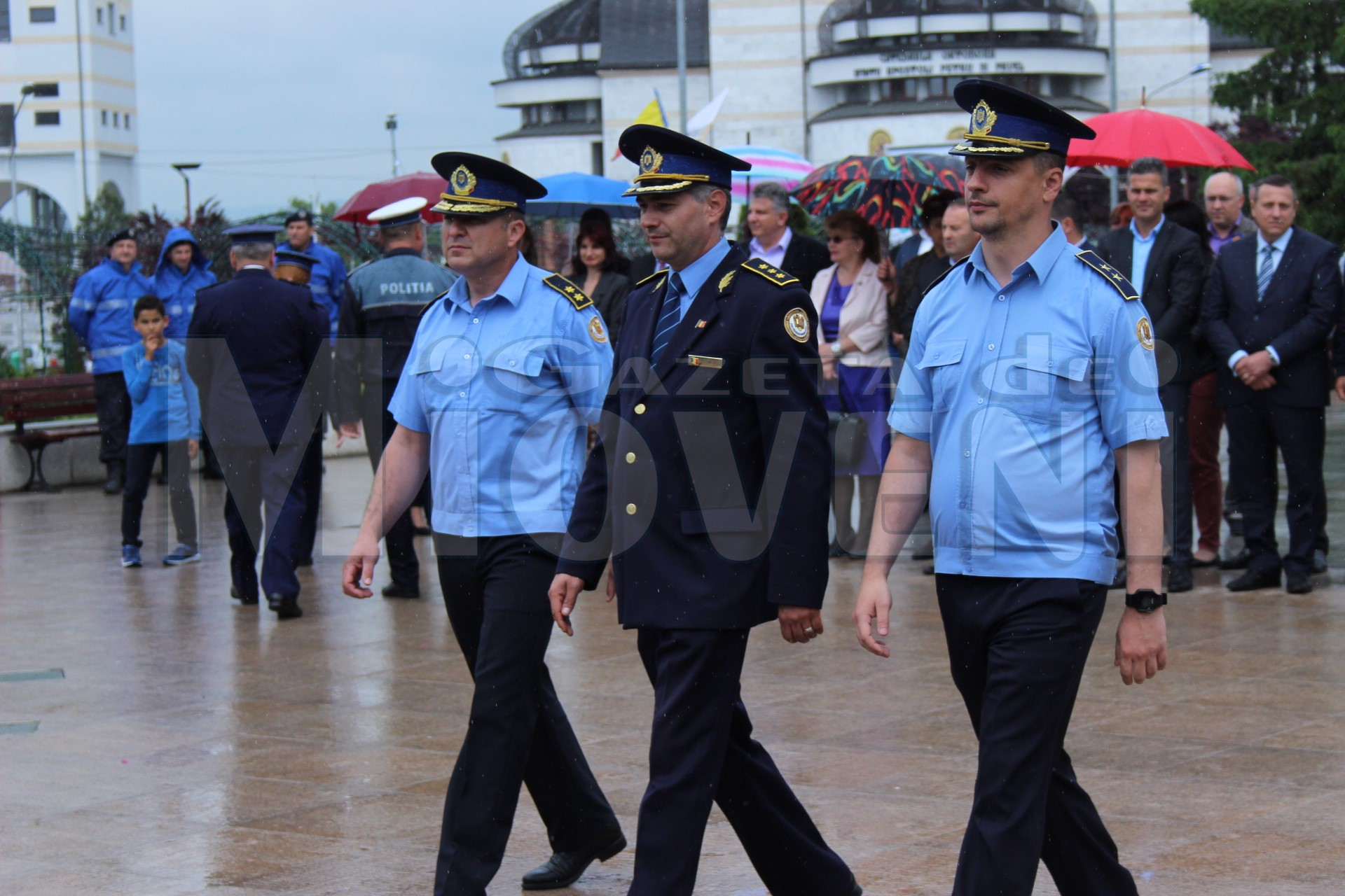depunere-de-coroane-mioveni-ziua-eroilor-25-05-2017 (11)