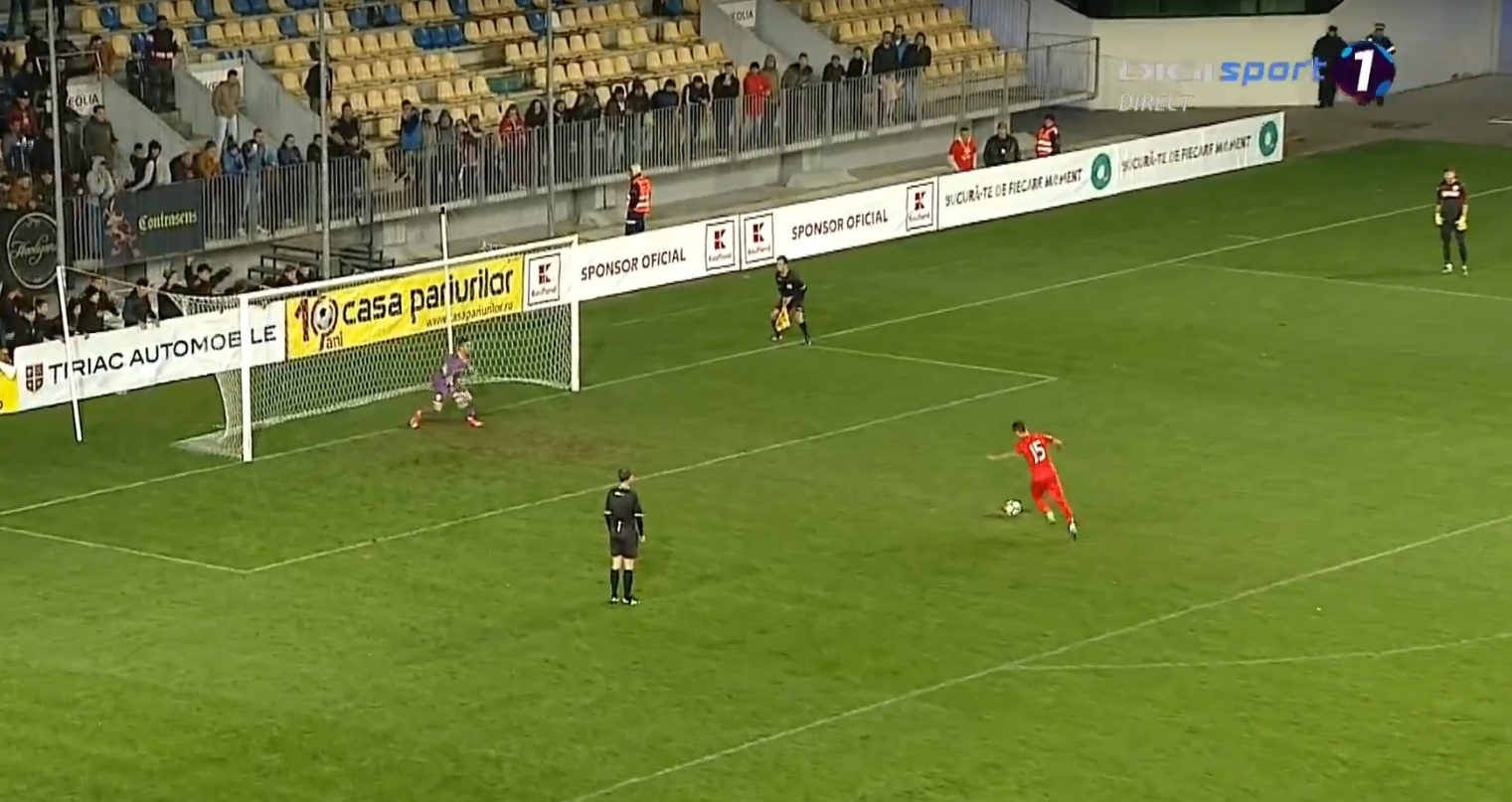 Eduard Neacsu marcând golul victoriei