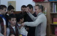 cs-mioveni-cadouri-elevi-scoala-nr-8-pitesti (8)