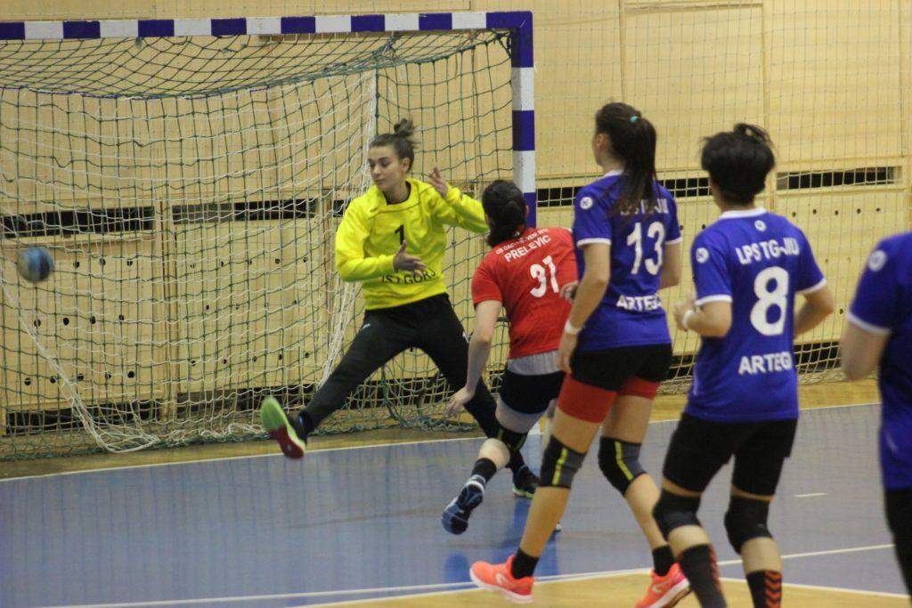 cs-dacia-mioveni-2012-lps-targu-jiu-handbal (1)
